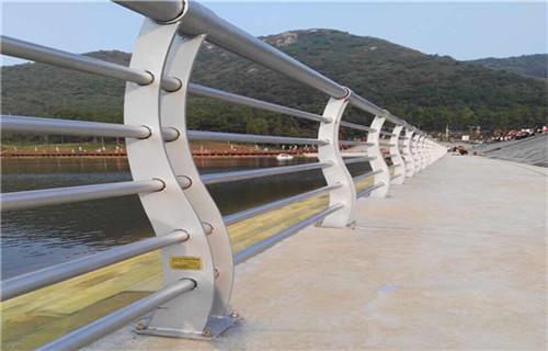 佛山不锈钢桥梁护栏